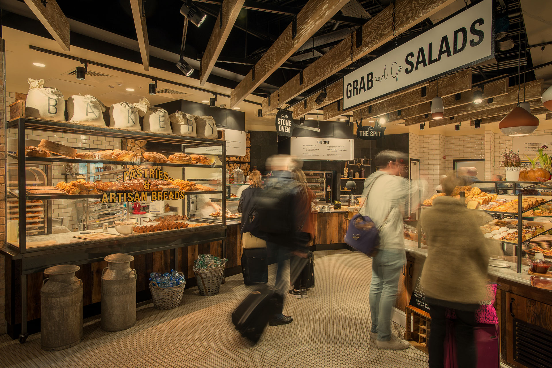 Dublin Airport bakery and fresh food market